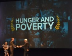 Hunger Poverty-presenter-winner_Chris Helfrich-UN Foundation Nothing But Nets_Project Peanut Butter